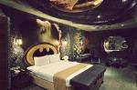 batman-hotel-1