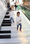 pianostairs01